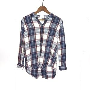 American Eagle Outfitter Plaid Flannel Button Up